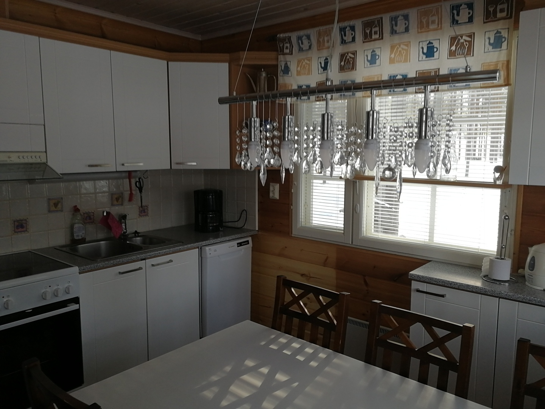 Sinitahti-uusi-keittio